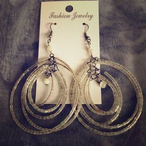 Jewelry - White sparkly dangle earrings